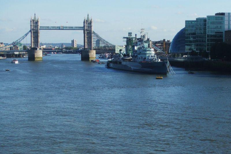 Thames 007